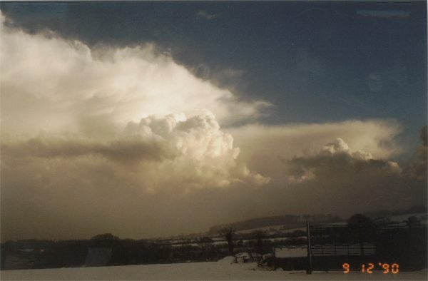 Snow showers December 1990